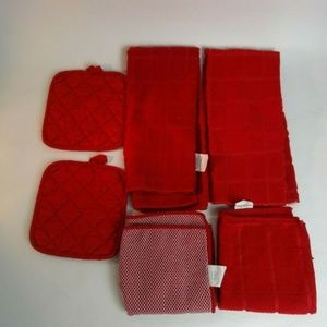6 Red 2 Towels 2 Hot Pads 2 Dish Rags